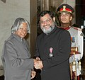 The President, Dr. A.P.J. Abdul Kalam presenting Padma Shri to Dr. Mohsin Wali, at an Investiture Ceremony at Rashtrapati Bhavan in New Delhi on March 23, 2007.jpg