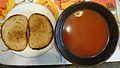 Tomato soup, grzanki.JPG