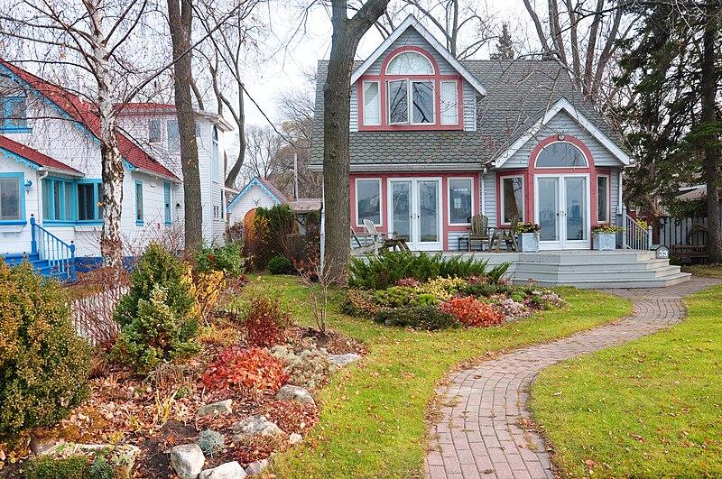 File:Toronto islands house 2009.JPG