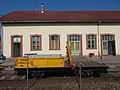 Train station, H-FKGJK 99 55 9783 323-6 flat wagon, 2018 Dombóvár.jpg