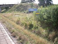 Train stop in Podleś, Poland.jpg