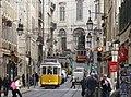 Tram 28 in Rua da Conceicao (Lissabon 2016) (26088014776).jpg