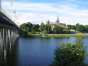 Elgeseter Bridge - Image: Trondheim elgeseterbru 1