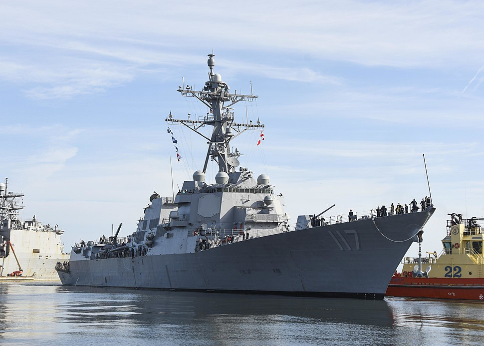 USS Paul Ignatius (DDG-117) prepares to moor at Naval Station Mayport on 31 July 2019 - 2