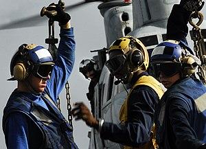 US Navy 091007-N-0807W-095 Landing Signalmen E...