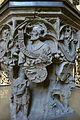 Ulmer Münster Taufstein Detail mit Wappen Böhmen.jpg