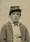 Unidentified young soldier in Confederate infantry uniform 2012648954-crop.jpg
