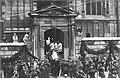 Uroczystości pogrzebowe Marszałka Józefa Piłsudskiego w Krakowie (22-24-34).jpg