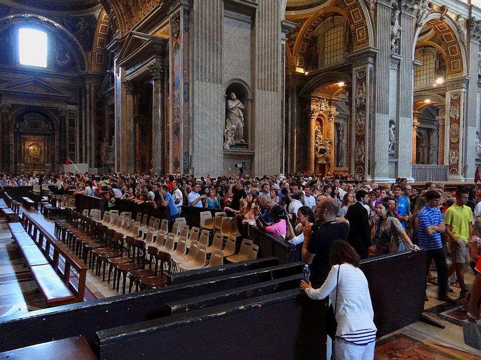 Vatican-Mass-Tourism-2012
