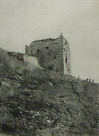 Nature Reserve Bosco di Alcamo - Ruins of the Castle of Ventimiglia