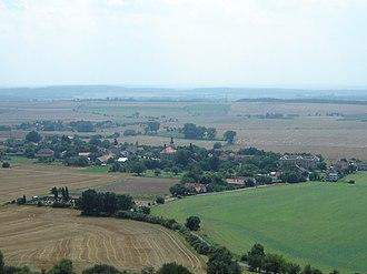 Veliš (Jičín District) - Veliš seen from the ruins of the Veliš Castle
