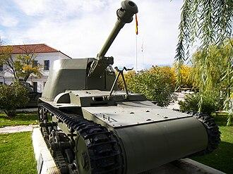 Verdeja - Verdeja 75 mm self-propelled howitzer, based on the Verdeja 1 prototype chassis