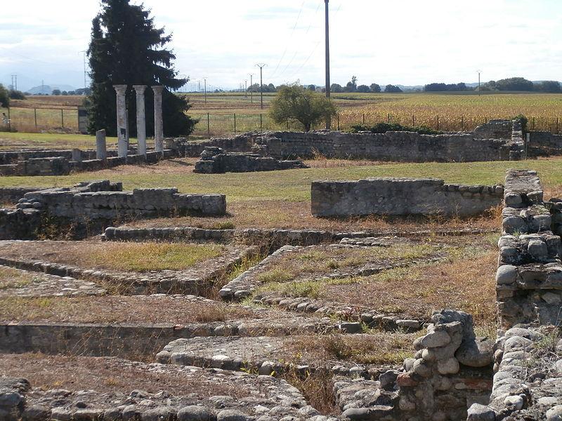 Villa gallo-romaine de Valentine, vue d'ensemble, avec  Le chauffage par hypocauste en premier plan