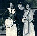 Viola Dana, Shirley Mason, & Edna Flugrath 1922.jpg