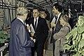 Visite de Mr Bichat et du secrétaire d'état à la recherche à l'INRA de Versailles-20-cliche Jean Weber.jpg