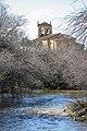 Vista del río Serrano y de la iglesia de Ntra. Sra. del Rosario.jpg