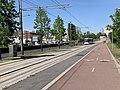 Voie cyclable Ligne 5 Tramway Avenue Division Leclerc Sarcelles 3.jpg