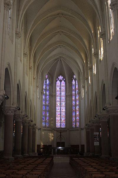 Nef, l'église Saint-Symphorien, Fr-49-Montjean-sur-Loire.
