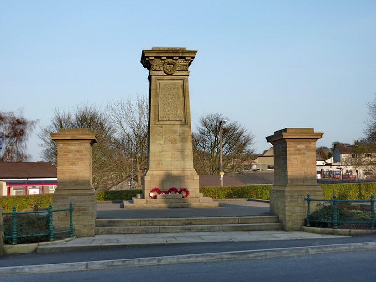 War Memorial, Cullingworth (geograph 1825291).jpg