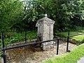 Water fountain, Hempstead (geograph 3965211).jpg