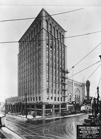 Lee Arden Thomas - Image: Weatherly Building Oriental Theatre 1927 Portland Oregon
