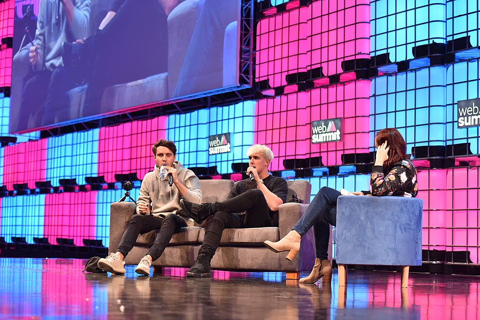 Web Summit 2016 - Centre Stage - Nov 9 - Day 2 DSC 3766 (30857509846)