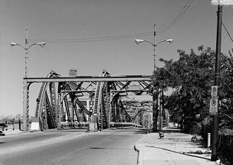 North Avenue Bridge - Western portal of the North Avenue Bridge constructed in 1907