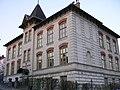 Wien-Neustift Schule 310305.JPG