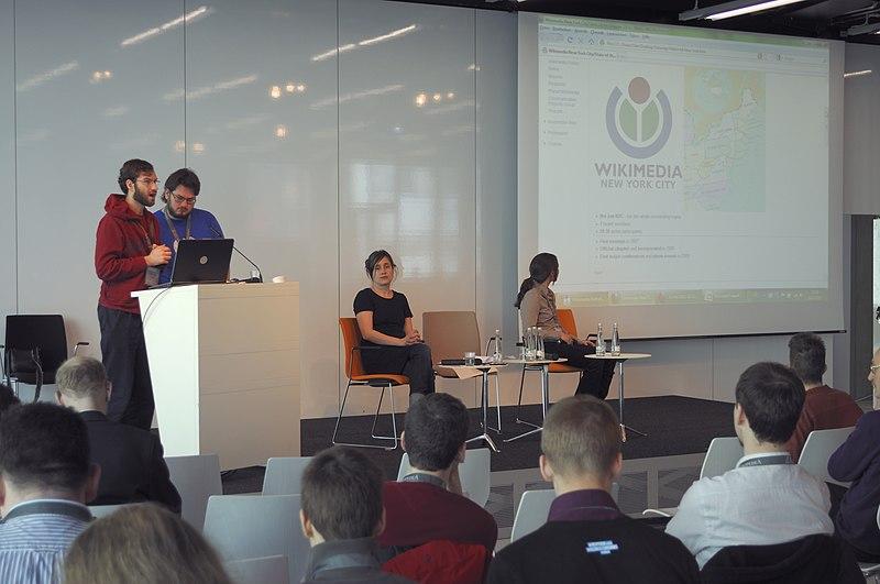 File:Wikimedia Conference 2011 (DerHexer) 2011-03-26 010.jpg
