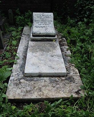 William Terriss - Terriss's grave in Brompton Cemetery