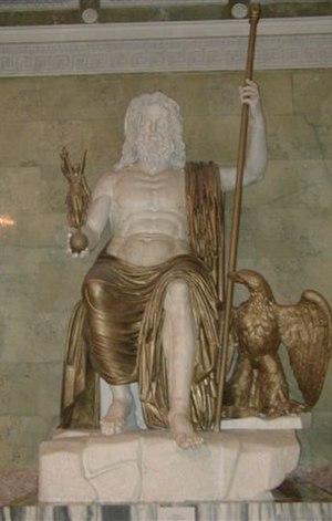 Globus cruciger - Statue of Jupiter holding a sceptre and orb