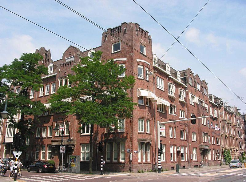 Zonnehoek House, exemple de construction de l'école d'Amsterdam dans le quartier des musées (Cornelis Schuytstraat 55) - photo de Vincent Steenberg