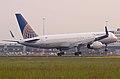 """Continental"" B-757 N67134.Schiphol. 15.05.2008 (4848096687).jpg"