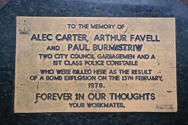 File:(1)Sydney Hilton Bombing plaque.jpg