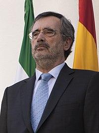 (Manuel Cruz) 2019.06.27. Toma de posesión de Guillermo Fernández Vara (48142285262) (cropped).jpg