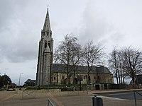 Église Saint-Pierre de Plouagat.jpg