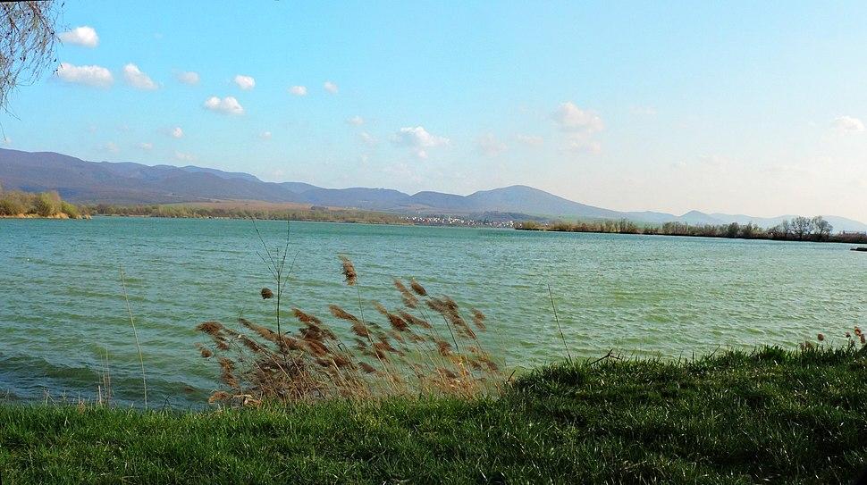 Čanianske jazero - panoráma - panoramio
