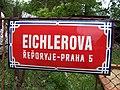Řeporyje, Eichlerova, chyba v názvu čtvrti.jpg