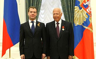 Viktor Chernomyrdin - Dmitry Medvedev and Viktor Chernomyrdin in 2010