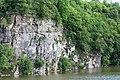 Очень красивые скалы над рекой Тетерев.jpg
