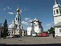 Россия, Вологда, Город, Кремлёвская площадь, Воскресенский собор, колокольня Софийского, Софийский со - panoramio.jpg