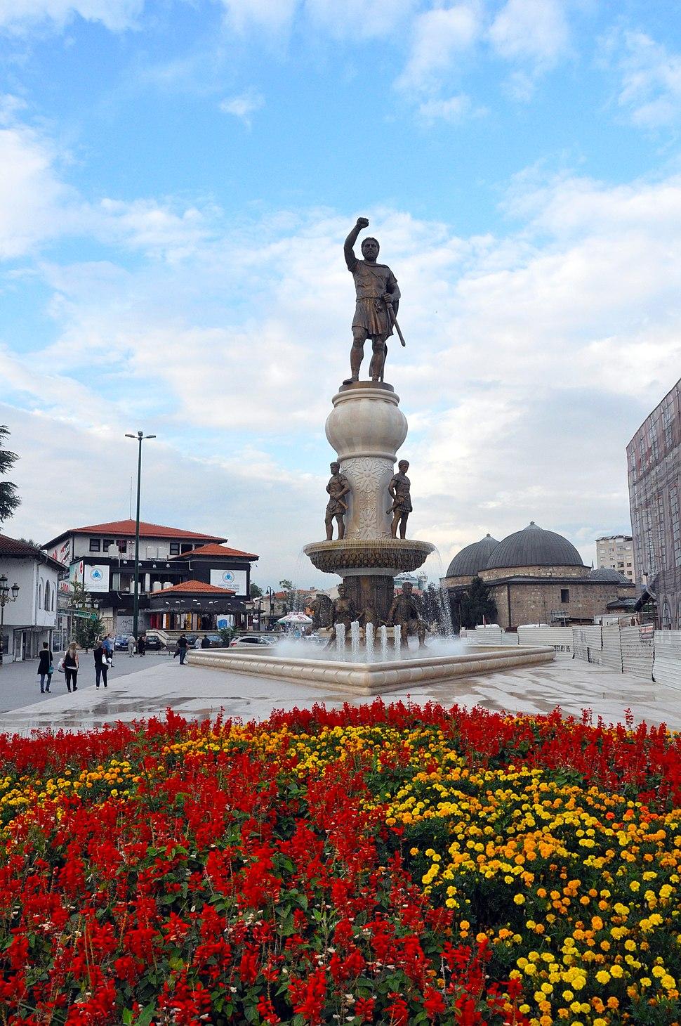 Споменик на Филип Втори Македонски - Скопје