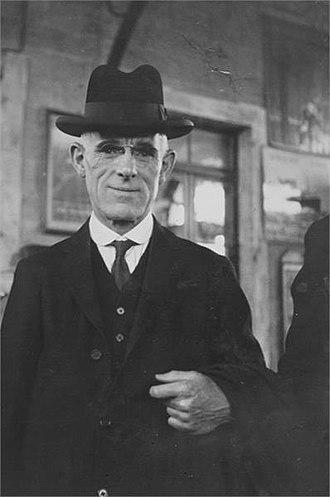 "Harry Snell, 1st Baron Snell - Image: ירושלים הרי סנל חבר ועדת החקירה ב""כ הפועלים JNF018734"