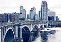 10th Avenue Bridge, Minneapolis (34822505526).jpg