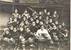 1905 VMI Keydets football team.jpg