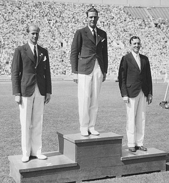 Modern pentathlon at the 1932 Summer Olympics - Image: 1932 Olympic pentathlon podium
