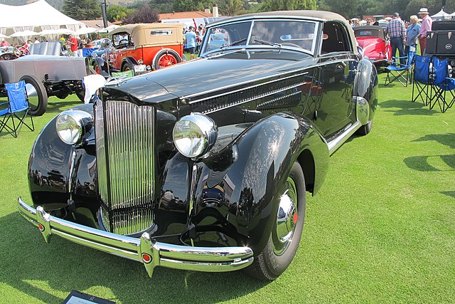 File:1938 Packard with custom coachwork by Hermann Graber jpg