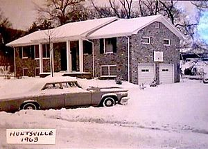 New Year's Eve 1963 snowstorm - Picture of snowfall in Huntsville from January 1, 1964