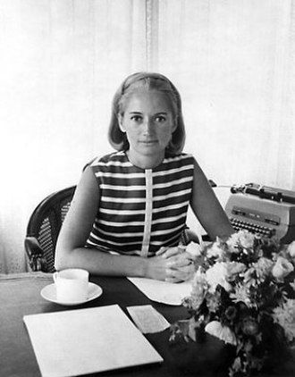 Mary Wells Lawrence - 1969 Wells Rich Greene Agency file photo of Mary Wells Lawrence at her desk