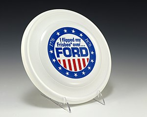 Wham-O - Image: 1976 campaign flying disc